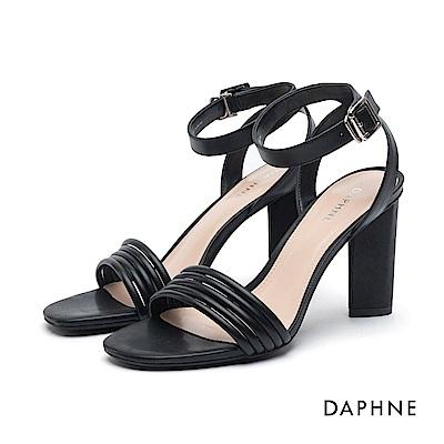 達芙妮DAPHNE 高跟鞋-細帶拼接繞踝馬蹄高跟鞋-黑
