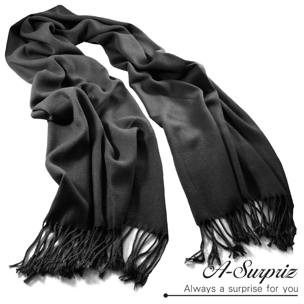 A-Surpriz 氣質優雅素色寬版仿羊絨披肩圍巾(奢華黑)