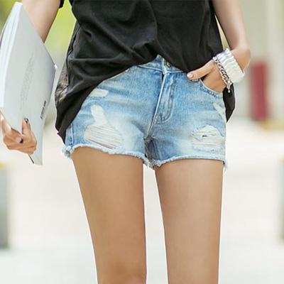 正韓-不修邊刷破洗色牛仔短褲-藍色-N-C21