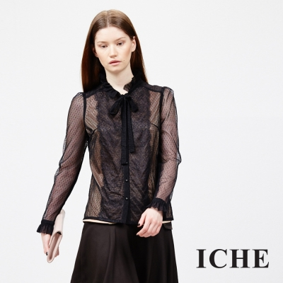ICHE-衣哲-蕾絲點點拼接領結上衣
