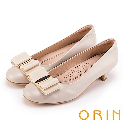 ORIN 典雅時尚女人 織帶蝴蝶結妝點真皮低跟鞋-米色