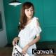 緹花縷空洞洞拼接雪紡露肩縮腰上衣(白)-Catwalk