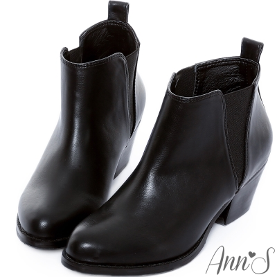 Ann'S簡約側邊V型鬆緊粗跟短靴-黑