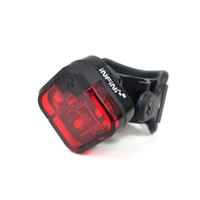 【INFINI】3紅光LED警示2段式後燈/台灣製-黑色