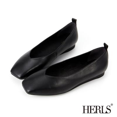 HERLS 全真皮 素面V口方頭平底樂福鞋-黑色
