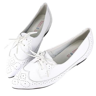 Robinlo&Co. 英倫雕花小牛皮內增高牛津鞋 白