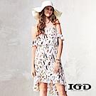 IGD英格麗 夏意羽毛印花露肩平口洋裝