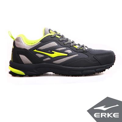 ERKE 鴻星爾克。男運動常規慢跑鞋-碳灰/清竹綠