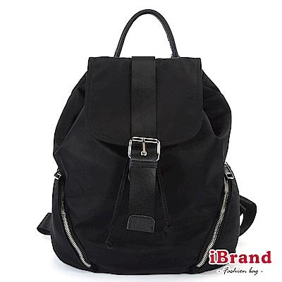 iBrand 簡約百搭學院風尼龍口袋後背包-黑