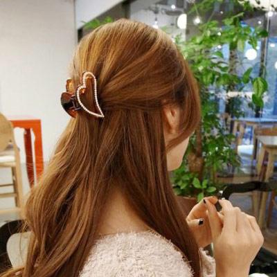 Hera赫拉 鏤空立體心形邊鑽髮夾/抓夾(二色任選)