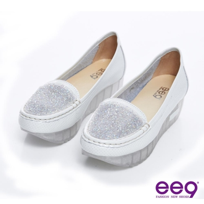 ee9 個性水晶~金屬壓紋漆皮滿版錐鑽厚底休閒樂福鞋~水晶白