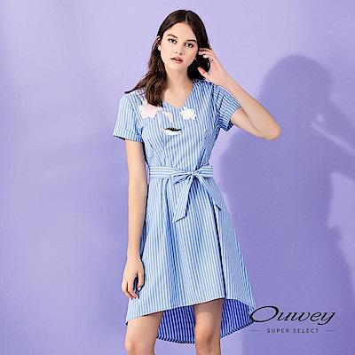 OUWEY歐薇 膠印花朵綁帶條紋洋裝(藍)