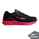 ERKE 鴻星爾克。女運動常規慢跑鞋-正黑/玫紅
