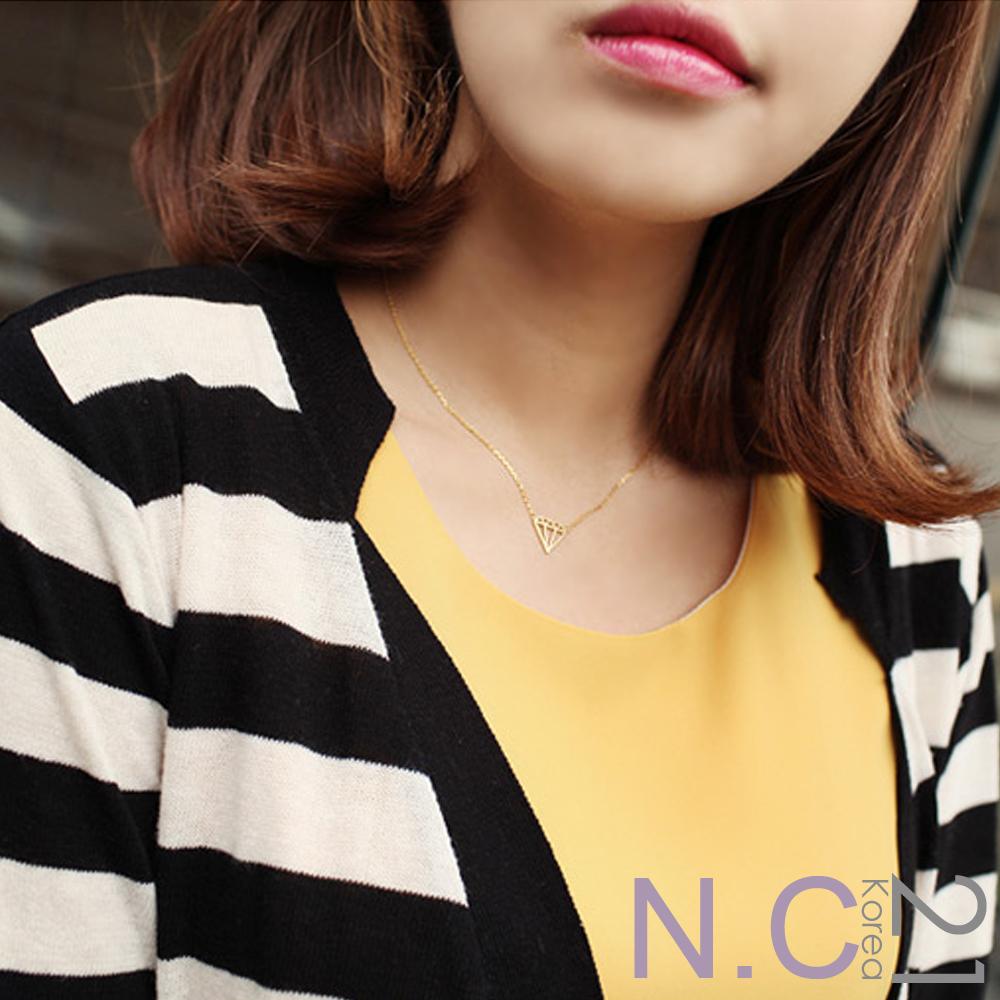 【N.C21】立體縷空鑽石造型項鍊 (金色)