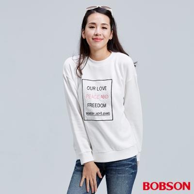 BOBSON  女款字母貼布刺繡白色上衣