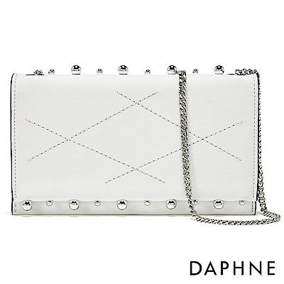 達芙妮DAPHNE-金屬珠飾菱格車紋鏈帶斜背包-白