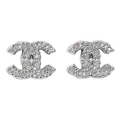 CHANEL香奈兒 經典雙C LOGO 閃耀水鑽圓珠壓紋滾邊銀色耳環