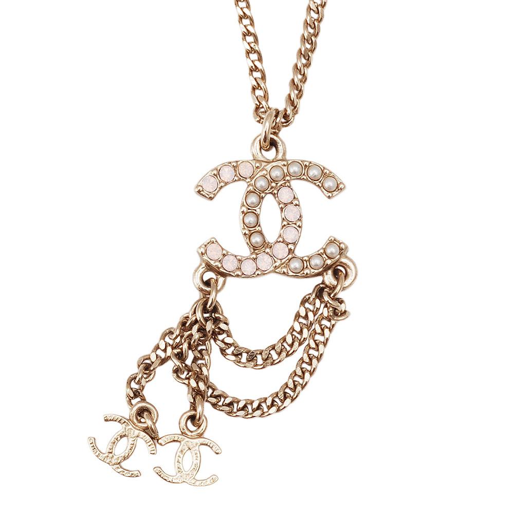 CHANEL 白X粉珍珠鑲嵌雙C墜飾長垂鍊(金)