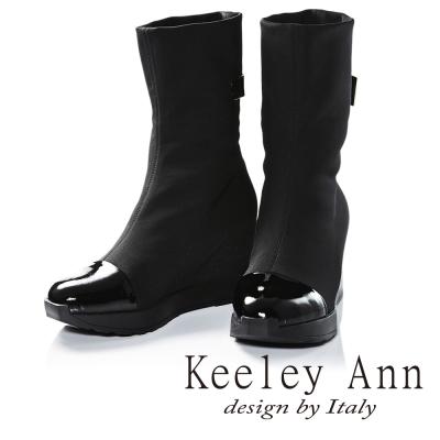 Keeley Ann 摩登金屬釦帶彈性布拼接內增高短靴(黑色-Ann)
