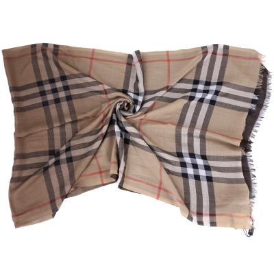 BURBERRY 經典格紋漸層設計羊毛絲綢圍巾(駝x咖)