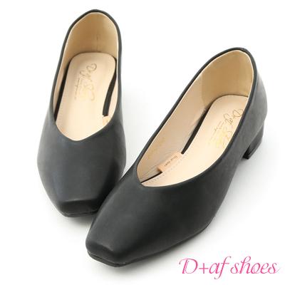 D+AF 韓風質感.素面V口小方頭低跟鞋*黑