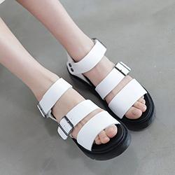 超彈氣墊二字羅馬涼鞋