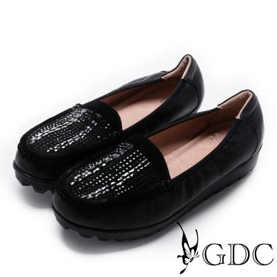 GDC-真皮精緻璀璨水鑽休閒鞋-黑色