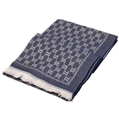 GUCCI 經典GG緹花印花雙色編織純羊毛流蘇圍巾(深藍X米白)