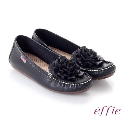 effie 手工縫線 牛皮立體花瓣奈米平底休閒鞋 黑