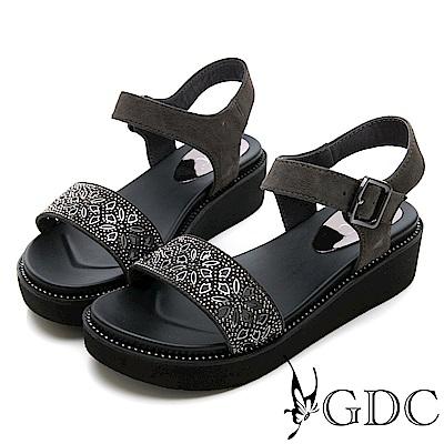 GDC-真皮花朵簍空水鑽涼鞋-灰色