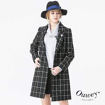 OUWEY歐薇-韓風格紋長版西裝外套-黑