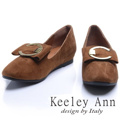 Keeley Ann街頭漫步圓形金屬釦蝴蝶結造型真皮微內增便鞋(棕色-Ann)