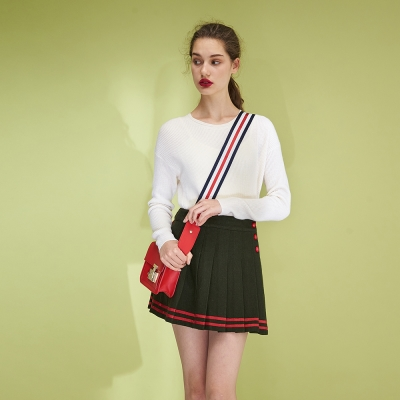 Hana+花木馬 經典學院時尚造型百摺撞色短裙-綠(2色)