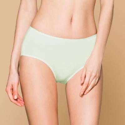 台灣製 保養級天然蠶絲蛋白低敏感透氣 M-XL 中腰內褲 恬靜綠 可蘭霓Clany