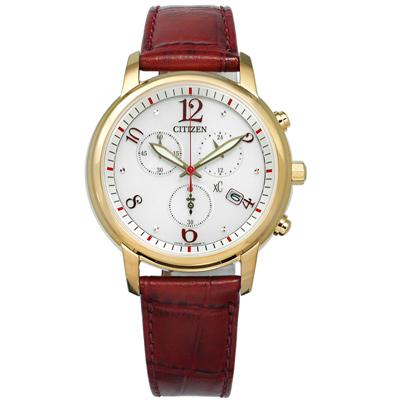 CITIZEN 亞洲限定廣告款XC 光動能三眼計時牛皮手錶-銀x金框x紅/37mm