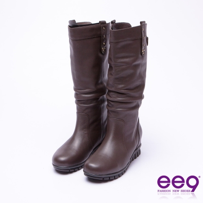 ee9 經典素面抓皺百搭內增高長筒靴 咖色
