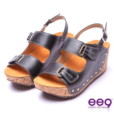 【ee9】率性風采~靚亮金屬鑲嵌金屬鉚釘軟木紋楔形跟涼鞋*黑色