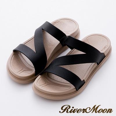 River&Moon拖鞋-Q軟輕量防水羅馬休閒拖鞋-黑
