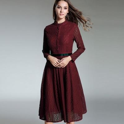 a la mode 艾拉摩兒 栗紅色排扣花紋蕾絲長袖黑帶洋裝(S-XL)
