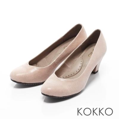 KOKKO-都會時尚彎折桃心口粗跟鞋-透膚裸