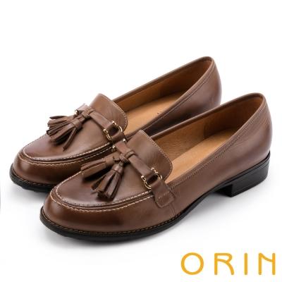 ORIN 學院復古 蠟感牛皮流蘇樂福鞋-棕色