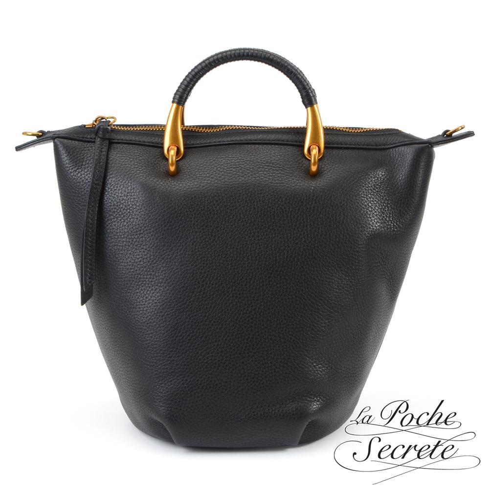 La Poche Secrete簡約荔枝紋真皮金屬提把水桶包-百搭黑