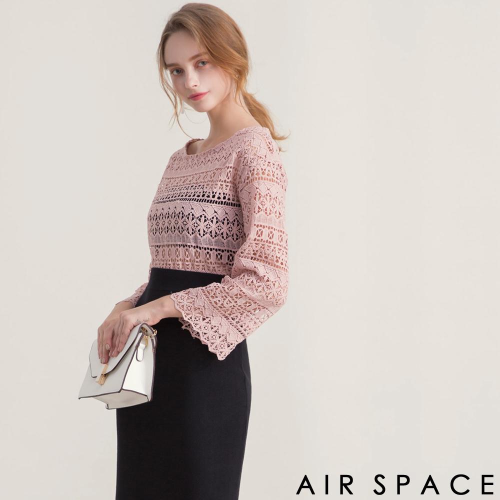 AIR SPACE 圓領寬袖雕花蕾絲上衣(粉紅)