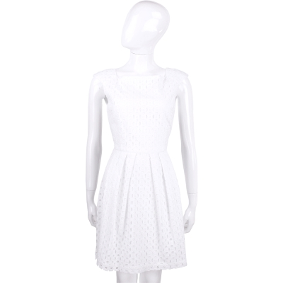 BLUGIRL 白色雕花設計無袖洋裝