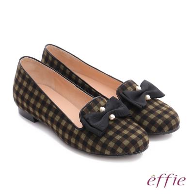 effie 都會舒適 全真皮豔彩格紋拼接珍珠蝴蝶低跟鞋  橄欖綠