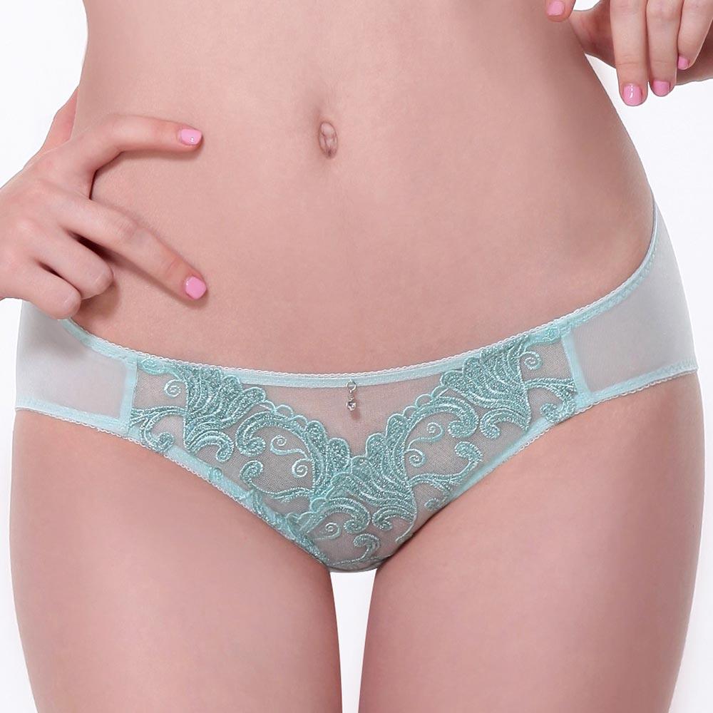 LADY 燦亮星影系列 機能調整型 中腰三角內褲(優雅綠)