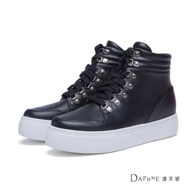 達芙妮DAPHNE 休閒鞋-綁帶金屬釦拳擊高筒休閒鞋-黑