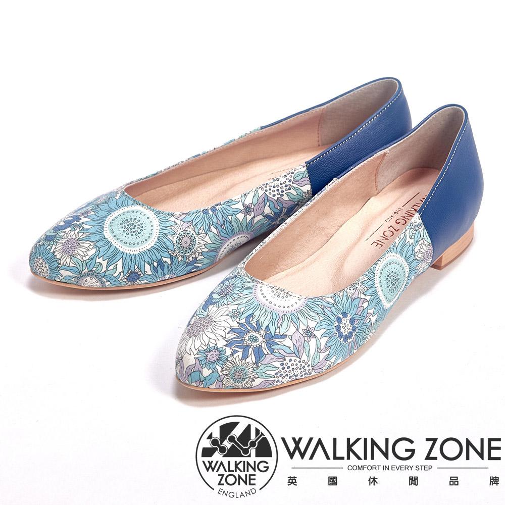 WALKING ZONE 印花皮革低跟休閒女鞋-藍