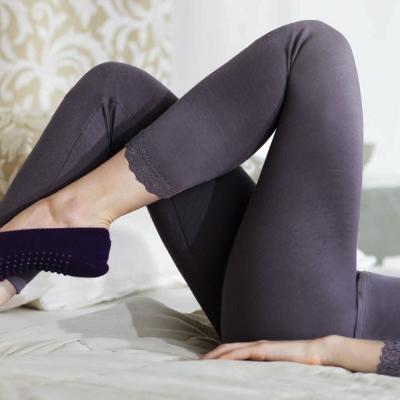 黛安芬-eks瞬間發熱 九分衛生褲M-EL (紫)