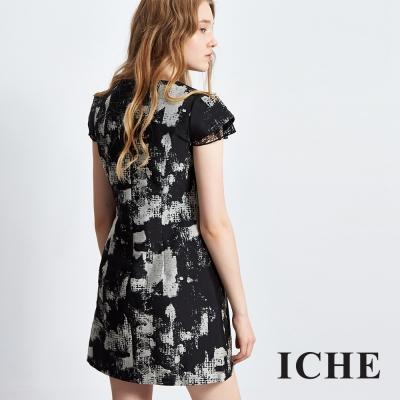 ICHE-衣哲-印花拼接蕾絲袖造型洋裝